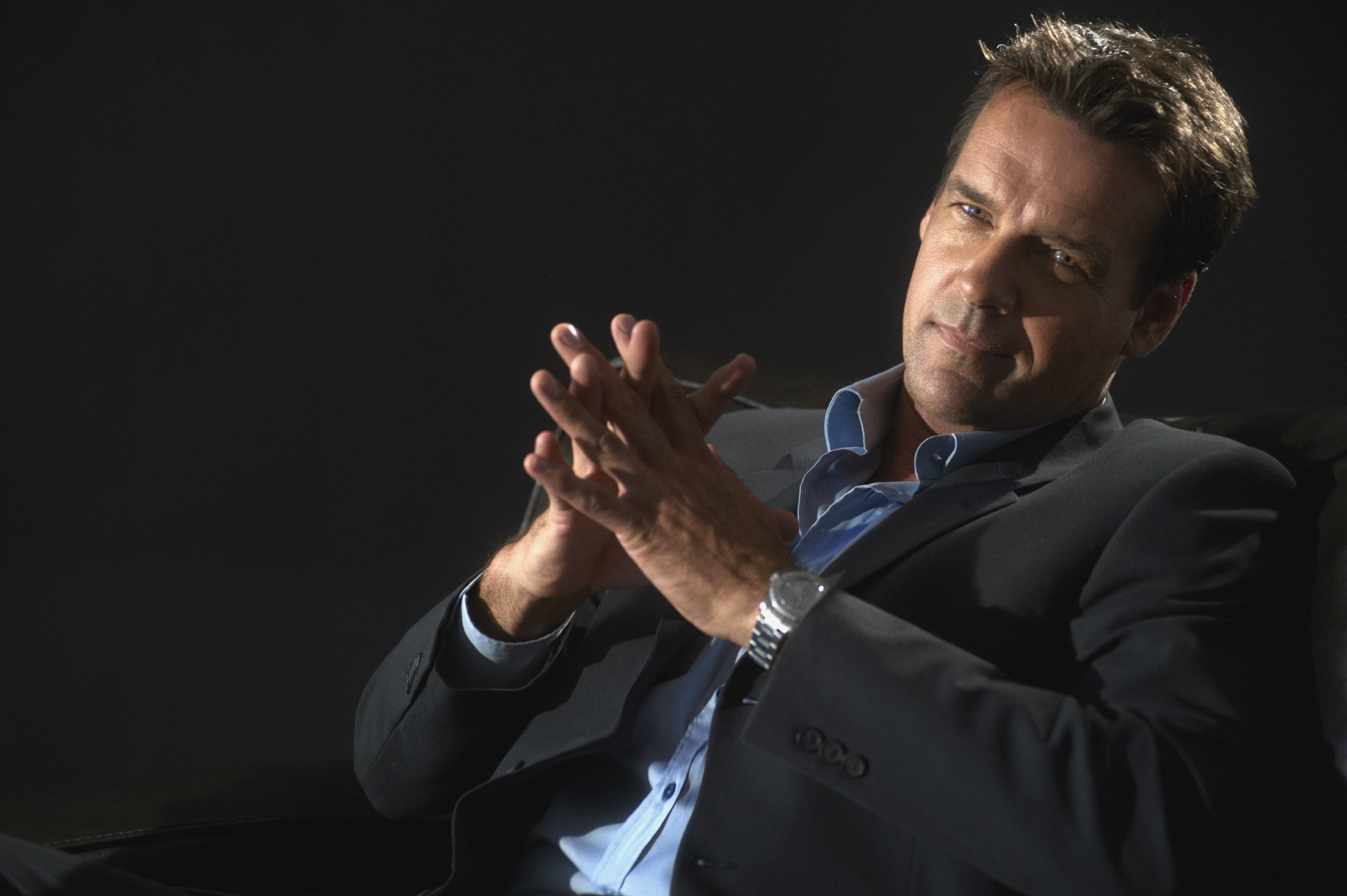 David James Elliott: Biography